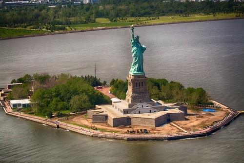 Остров Свободы, Нью-Йорк