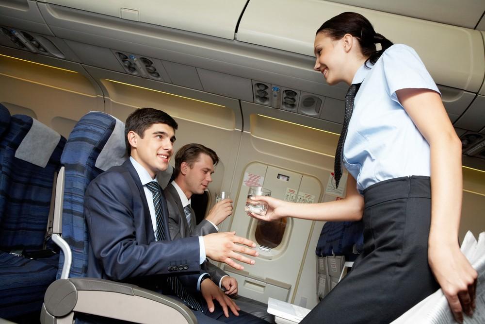 Напитки, которые предлагают в самолете