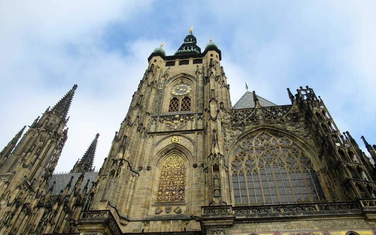 8 удивительных достопримечательностей Праги Кафедральный собор св. Вита