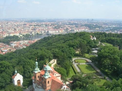 Холм Петри, Прага