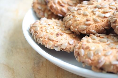 Печенье с семечками подсолнуха