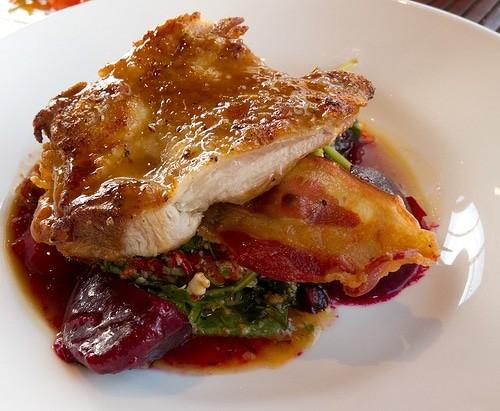 Красная рыба под красным соусом рецепт