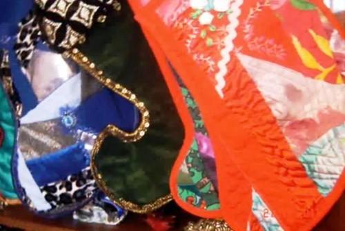 Шьём и декорируем новогодние сапожки для подарков