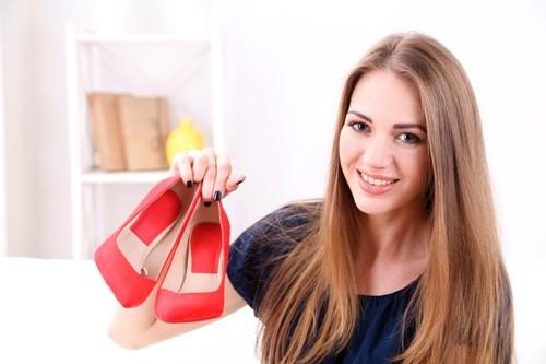7 Простых Способов Избавиться от Неприятного Запаха Обуви