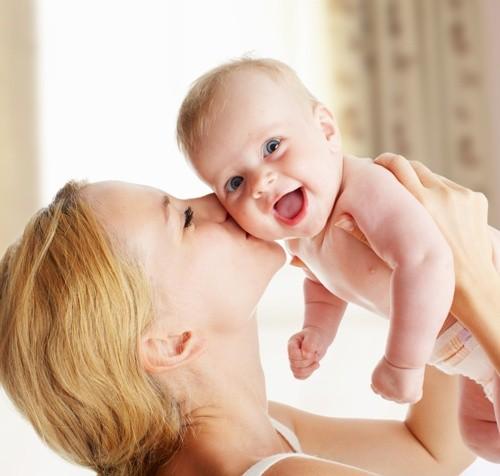 Как Разговаривать с Новорожденным Ребенком?