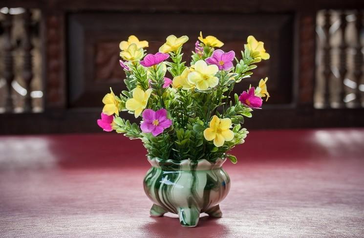 7 способов дольше сохранить цветы в вазе