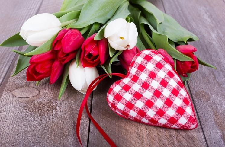 Идеи подарков для любимой девушки на День Святого Валентина