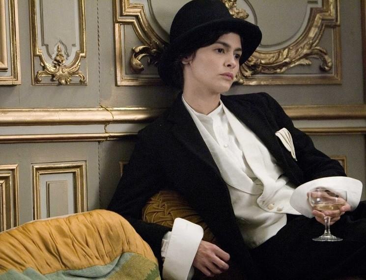 Кадр из фильма Коко до Шанель