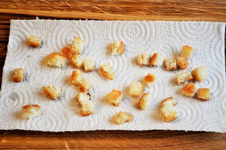 Продукты для салата с куриной печенью с сыром Дорблю 6