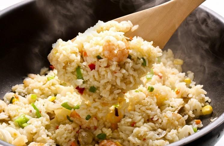 4 вкусовые приправы к жареному рису