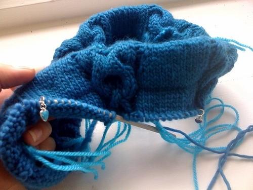 Перемещение петель в вязании