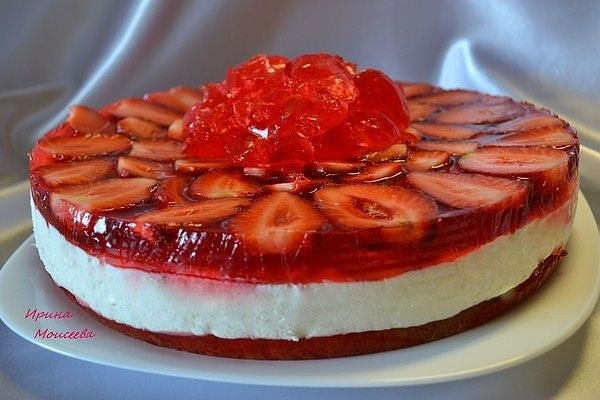 Рецепт сливочно-клубничного торта