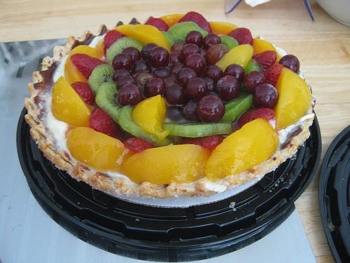 Готовим пирог с фруктами