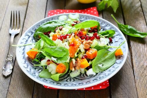5 чудесных салатов к празднику 14 февраля
