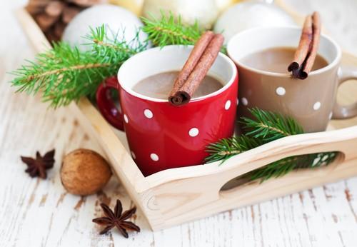 4 согревающих напитка для прохладной погоды