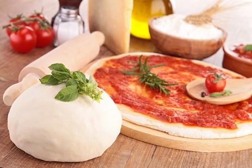 4 самых простых рецепта теста для пиццы