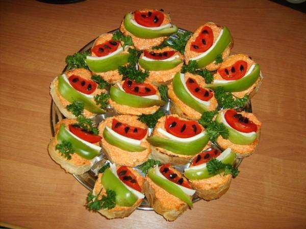 Бутерброды «Арбузики» к завтраку