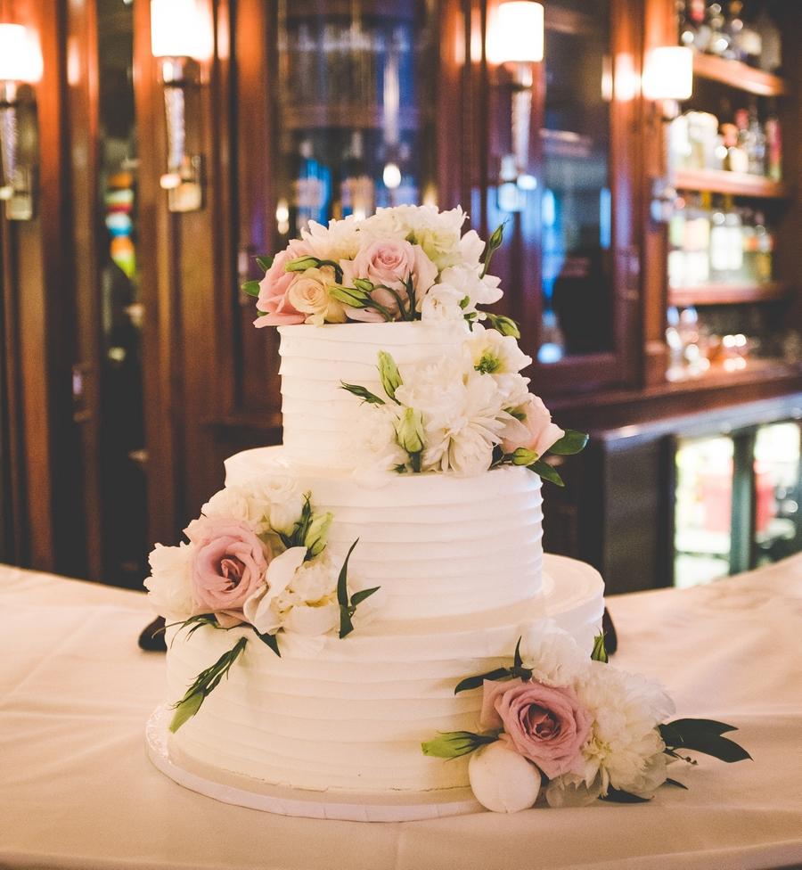 Выбери рецепт и дизайнсвадебного торта
