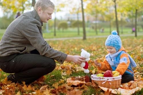 7 способов насладиться со своими детьми красотой осенней природы