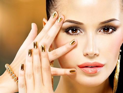 7 советов по подбору лака для ногтей под цвет кожи