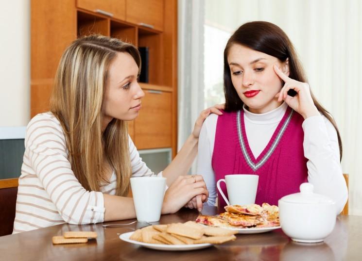 10 бестактных фраз, которые не стоит говорить одиноким людям