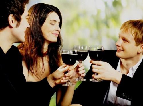 7 советов, как выбрать между двумя парнями