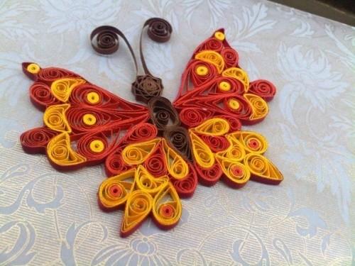 Бабочка из полосок бумаги
