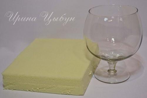 Декорированный букет из конфет и гофрированной бумаги. Шаг 1