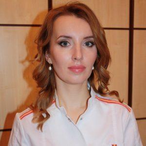 Елена Апостолюк