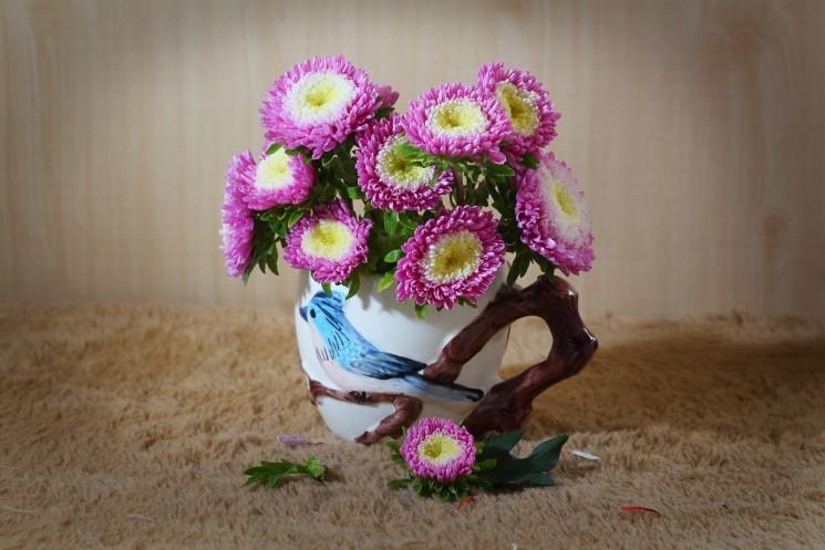 35 крошечных цветочных миниатюр по керамической флористике