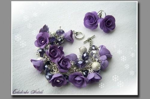 Комплект украшений «Лиловый» в виде браслета и сережек