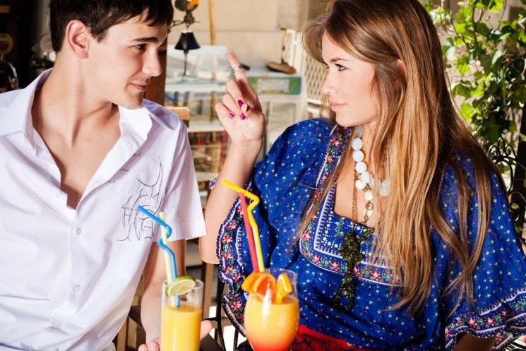 7 подсказок для мужчин во время беседы с девушкой