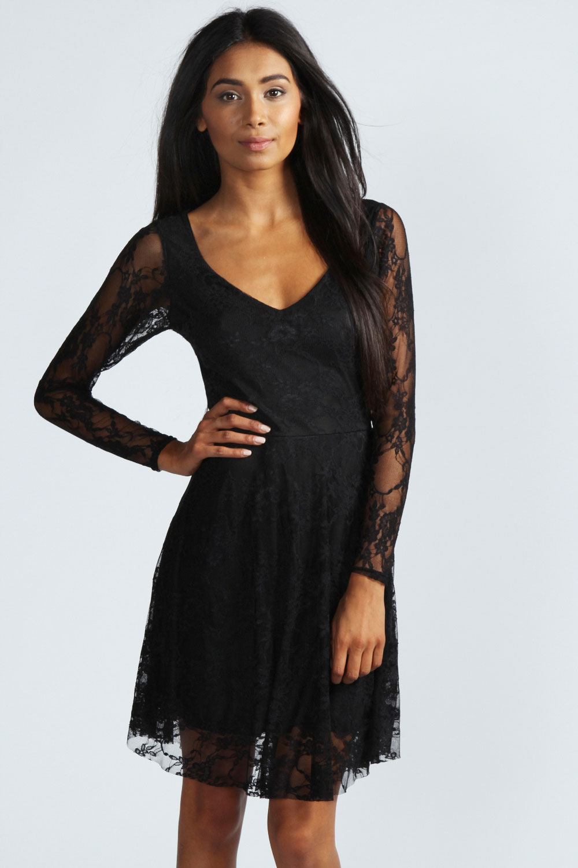 Маленькое черное платье с кружевом 3