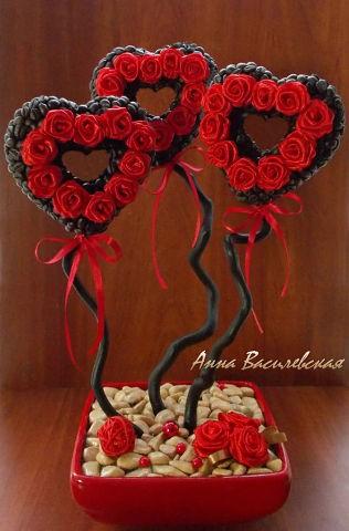 Топиарий - кофейное дерево в подарок «Пылающее сердце»