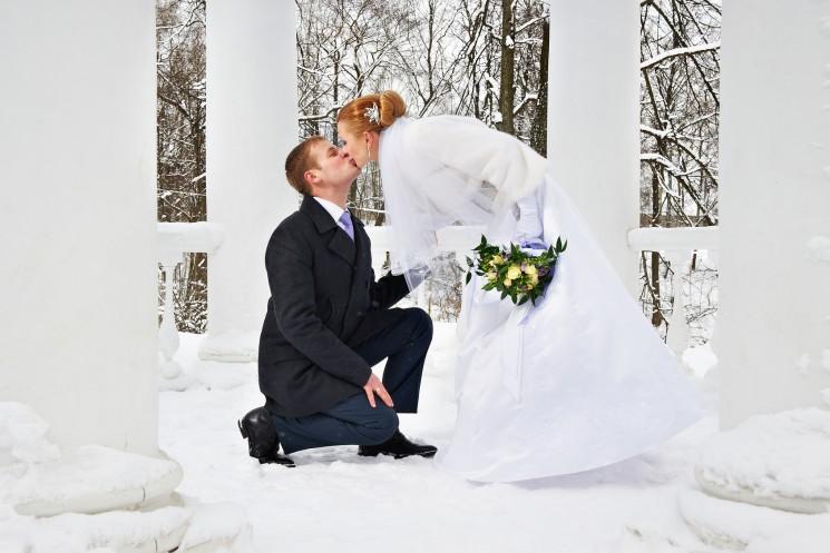 5 советов по выбору идеального платья для зимней свадьбы