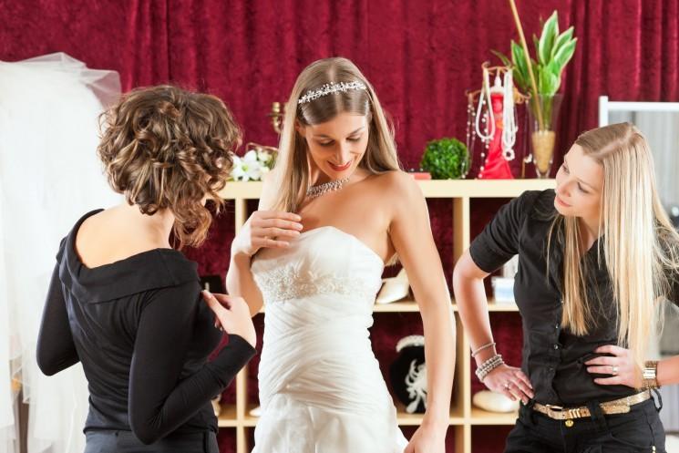 5 важных мелочей при подборе свадебного платья
