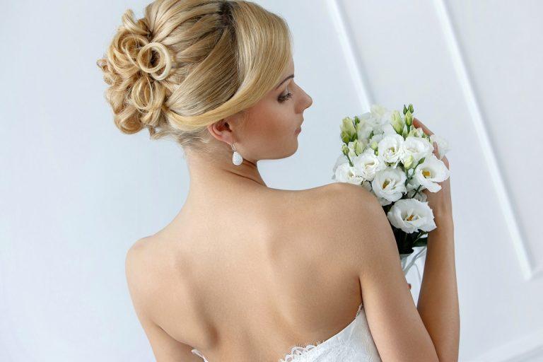 11 рекомендаций для выбора свадебной прически