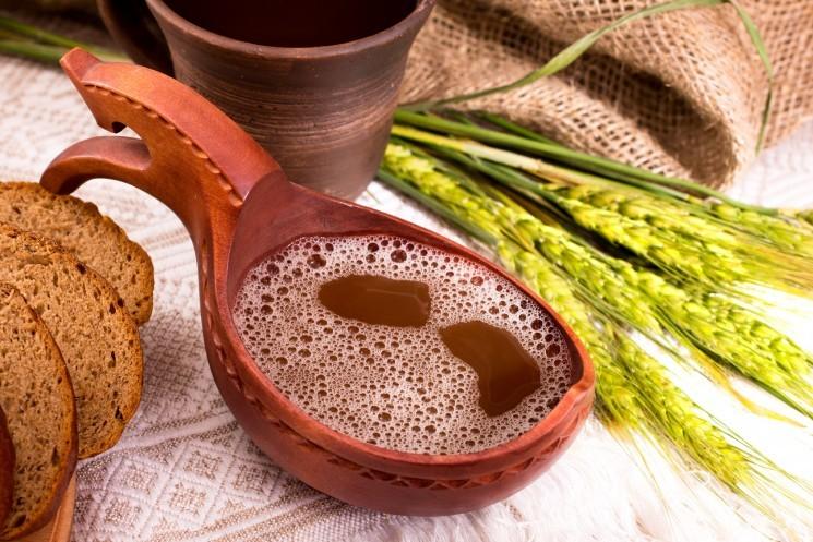 Квас: интересные факты и полезные свойства напитка