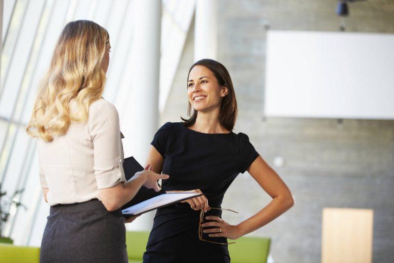 Как выжить в женском коллективе: советы психолога