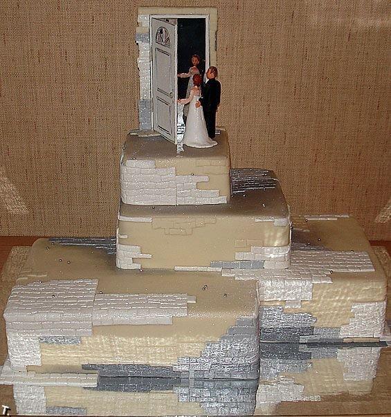 Фигурки жениха и невесты - Самые необычные свадебные торты 16
