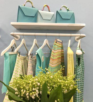 Желтая и зеленая одежда и сумки от ELENA BURBA