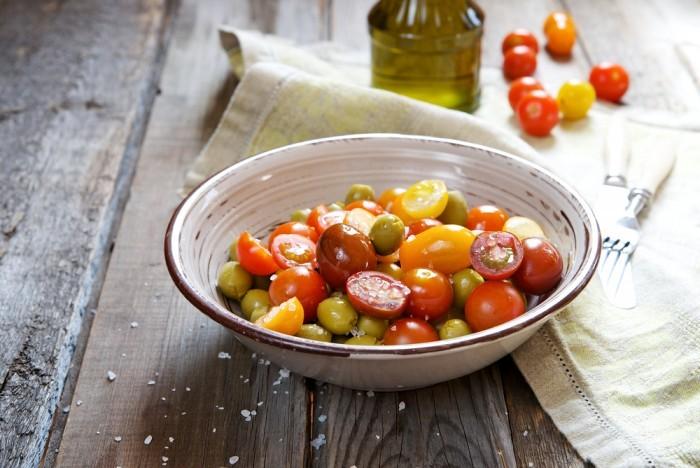 Малосольные «быстрые» помидоры