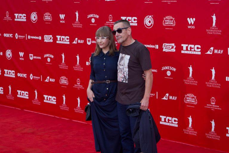 Красная дорожка Одесского кинофестиваля: в фокусе гости и их наряды