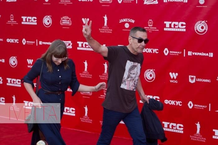 Алексей Горбунов на красной дорожке Одесского кинофестиваля 2015 2