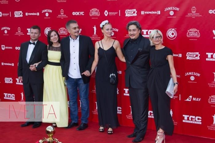 Украинский кинорежиссер Анатолий Матешко на красной дорожке Одесского кинофестиваля 2015