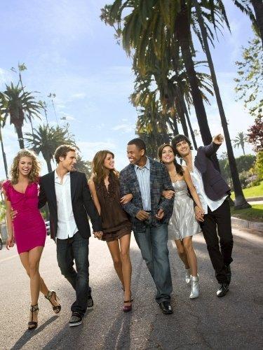 сериал Беверли-Хиллз, 90210, Новое поколение