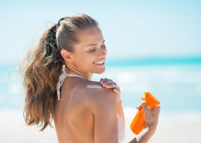 Когда следует наносить солнцезащитный крем?