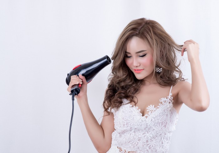 Не использовать средства для горячей укладки волос