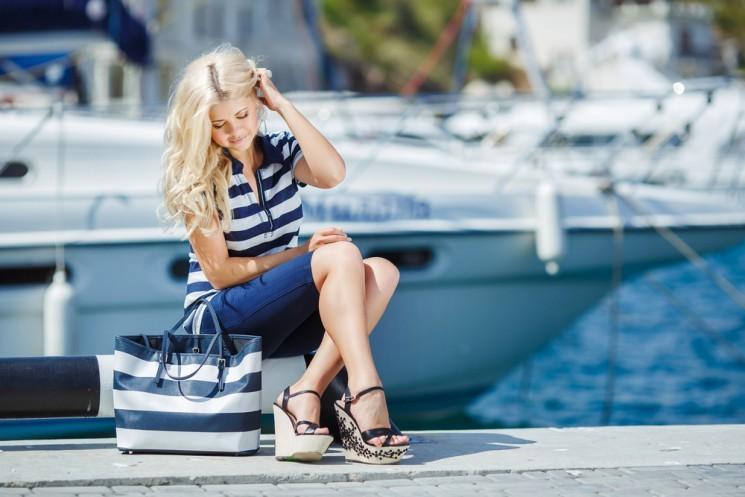 Летний тренд: модная одежда в морском стиле