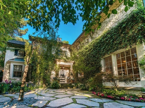 Дом Дженнифер Лоуренс в Лос-Анджелесе, Калифорния, США 4